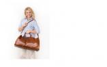 belmont-cabin-bag-model-lady