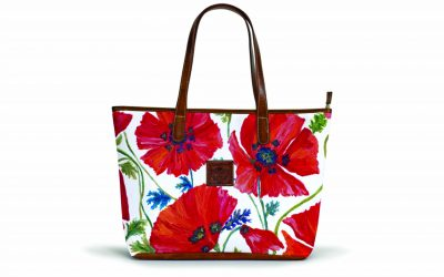 the-savannah-zippered-tote-whitney-collection-crest